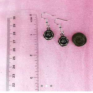 Jewelry - $3/$15 Silver Tone Rose Floral Dangle Earrings